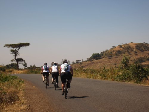 WVC - cycle Kenya grp 4 133.jpg